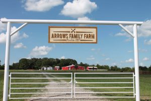 Arrows Family Farm gate with gate hanger.
